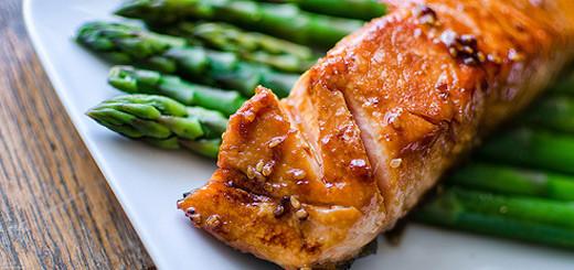 8 alimentos que ajudam na queima da gordura abdominal