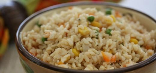 Conheça os benefícios do arroz integral